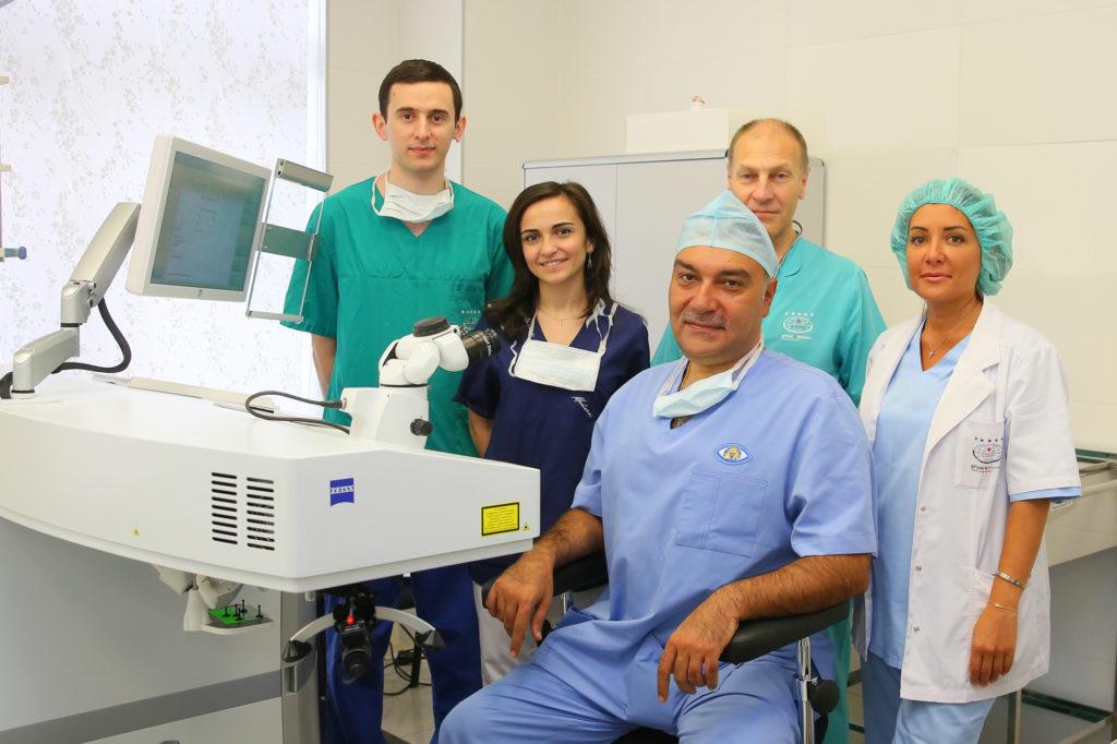 Рефракционные хирурги LaserCorr