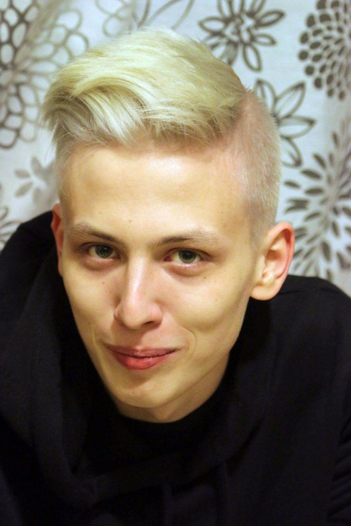 Арман Туганбаев, 20 лет учитель математики и информатики
